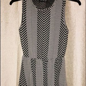 Peplum Black and white sleeveless mini dress - M